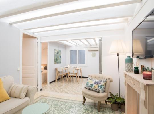 Хотел снимки: Charming Apartment in Sagrada Familia
