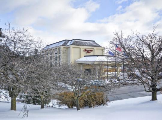 Hotel photos: Hampton Inn Detroit Northville