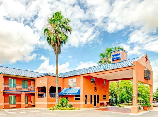호텔 사진: Travelodge by Wyndham San Antonio Lackland A F B