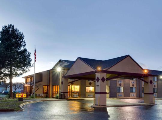 Hotel photos: Super 8 by Wyndham Denver Stapleton