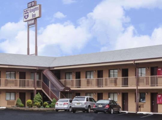 Viesnīcas bildes: Knights Inn Parkway