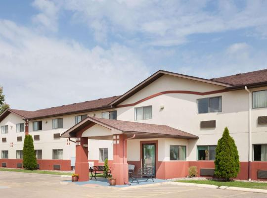 Fotos de Hotel: Super 8 by Wyndham Washington/Peoria Area