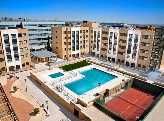 Хотел снимки: Compostela Suites