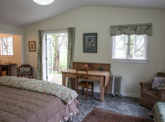 Фотографии гостиницы: The Leafy Flat