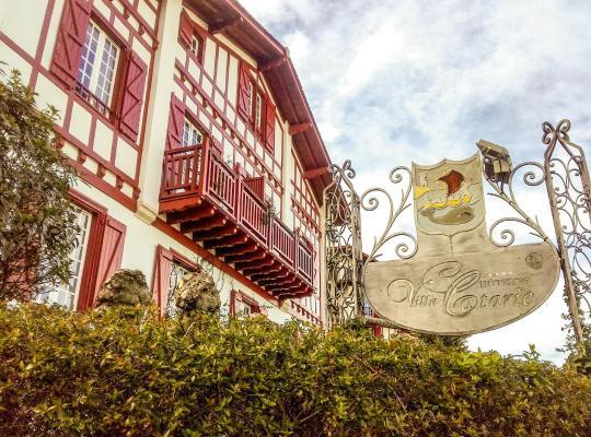 Фотографії готелю: Hotel Villa Catarie