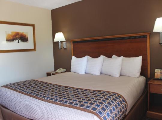 ホテルの写真: Travel Inn Omaha