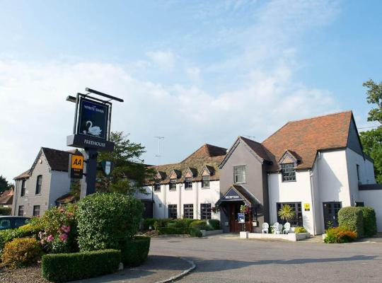Hotel photos: The White Swan