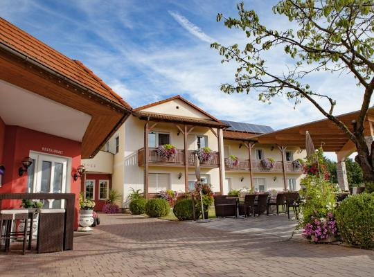 Hotel fotografií: Hotel-Restaurant Teuschler-Mogg