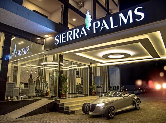Hotel photos: Sierra Palms Resort