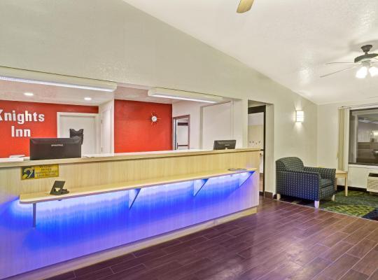 酒店照片: Knights Inn Jacksonville Southeast