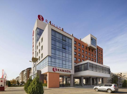 Hotel bilder: Ramada by Wyndham Oradea