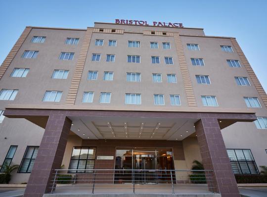 ホテルの写真: Bristol Palace Hotel