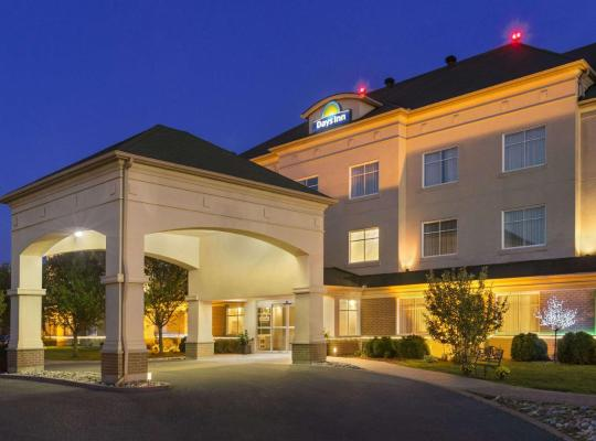 酒店照片: Days Inn by Wyndham Ottawa Airport