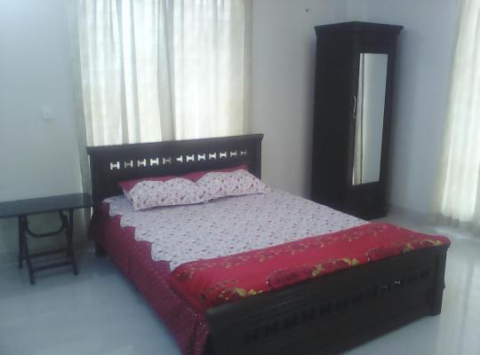 Hotel photos: NRÀ Room Rental Services