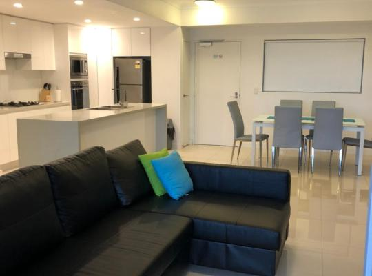 תמונות מלון: Four Bedroom Apartment