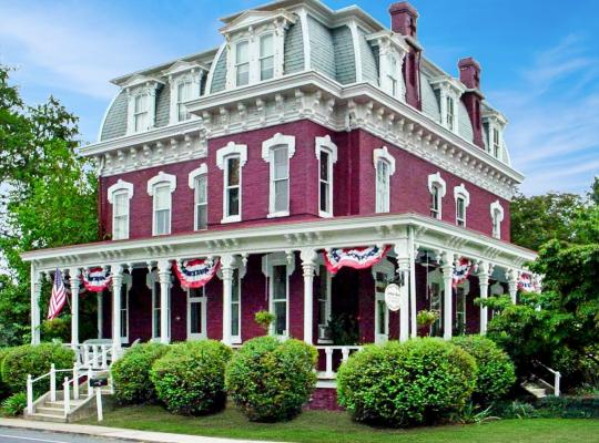 Fotos de Hotel: Lovelace Manor Bed and Breakfast