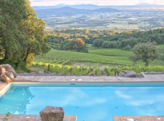 รูปภาพจากโรงแรม: Valdonica Winery & Vineyard Residence
