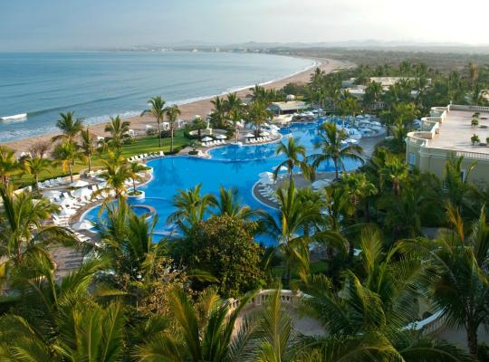 Hotel bilder: Pueblo Bonito Emerald Bay Resort & Spa - All Inclusive
