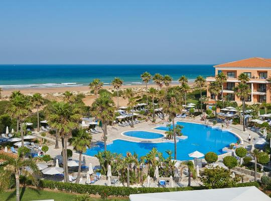 Fotos de Hotel: Hipotels Barrosa Palace & Spa