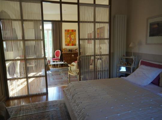 Hotel photos: Très beau studio/2pièces 45 M2 - Accès piscine