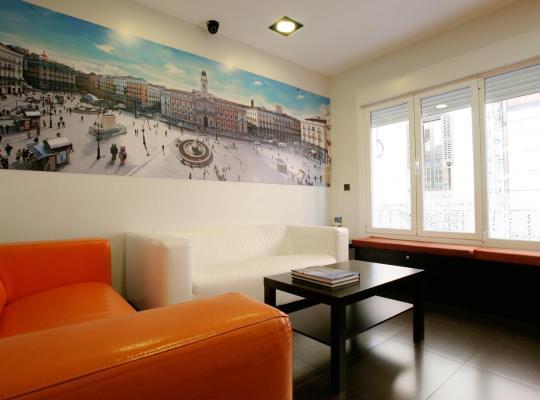 Hotel fotografií: Jc Rooms Puerta Del Sol