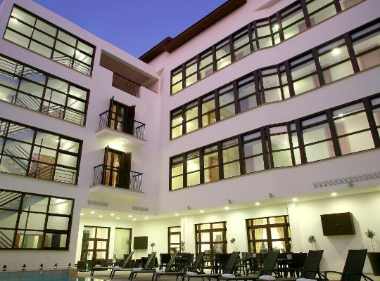 Фотографії готелю: Royiatiko Hotel