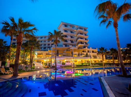 Hotel foto 's: Aquamare Beach Hotel & Spa