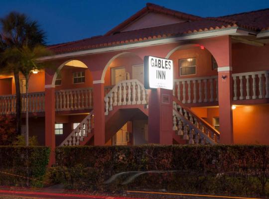 호텔 사진: Gables Inn