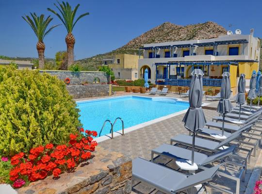 Фотографии гостиницы: Emporios Bay Hotel