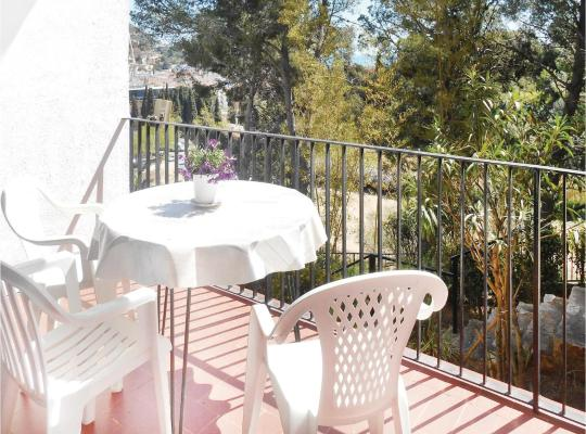 Fotografii: Studio Apartment in Tossa de Mar