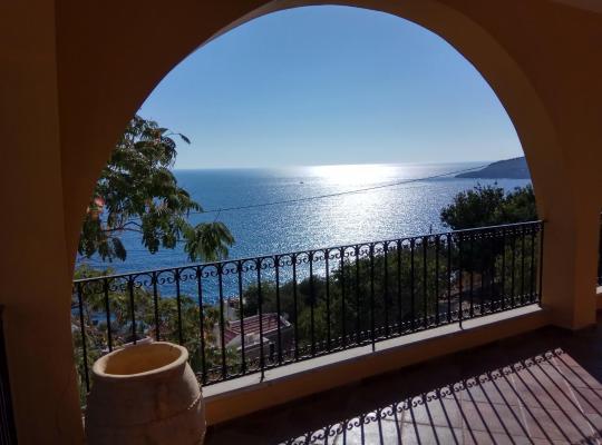 Фотографии гостиницы: Platy gialos, amazing view
