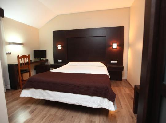 Фотографії готелю: Hotel Anabel Baza