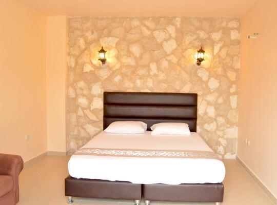 Hotel Valokuvat: town of nebo hotel , talet dar abo jubran