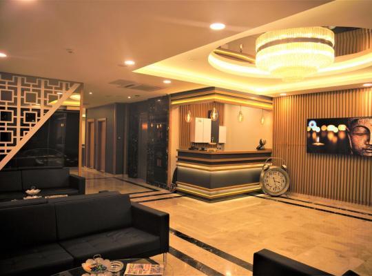 صور الفندق: Random Suit Otel
