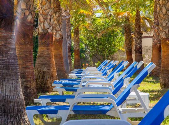 Fotos de Hotel: Aparthotel Carrio Sol - Monty´s