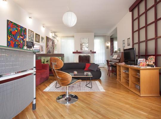 Hotel photos: Urban Hostel & Apartments