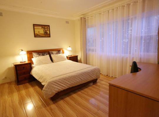 Hotel Valokuvat: Convenient, Bright and Affordable 2 Bedroom Unit