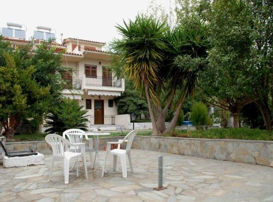 תמונות מלון: Stathopoulos Apartments