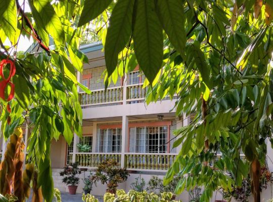 Hotel Valokuvat: Chez de Jean