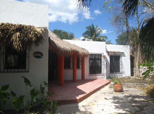 Hotel fotografií: La casa de piedra y colores en Chichén Itzá