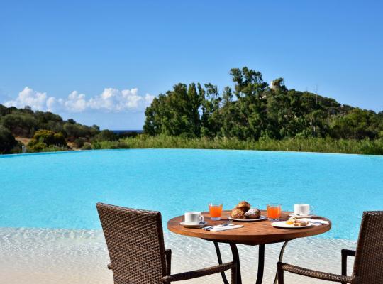 Fotos do Hotel: Falkensteiner Resort Chia - Adults Only