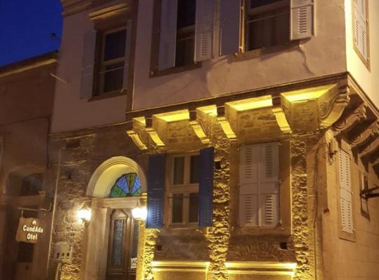Hotel foto: CundAda Hotel