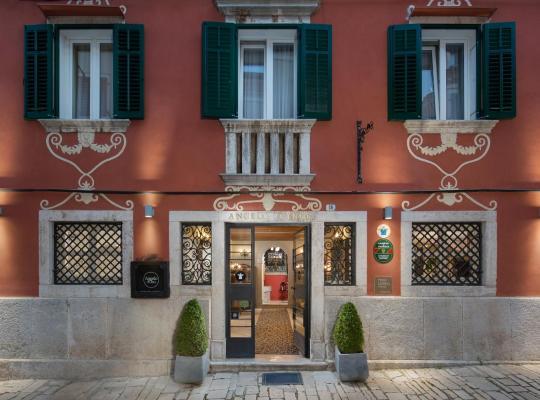 Hotel Valokuvat: Hotel Angelo d'Oro