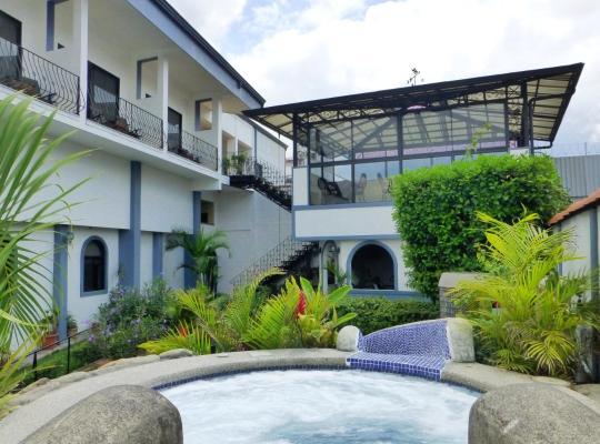 Φωτογραφίες του ξενοδοχείου: Hotel Santo Tomas