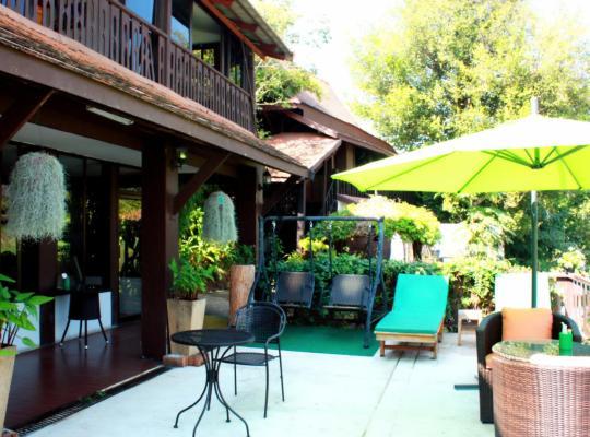 Хотел снимки: Club One Seven Gay Men Hotel Chiang Mai