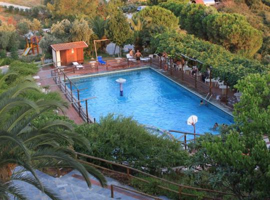 Képek: Athorama Hotel