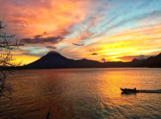 호텔 사진: Atitlan Sunset Lodge