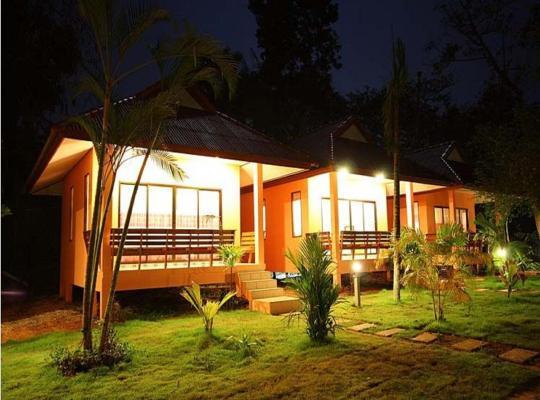 Hotel fotografií: Sawaddee Aonang Resort