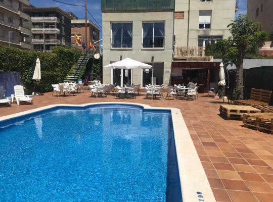 Hotel bilder: Hotel Sant Jordi
