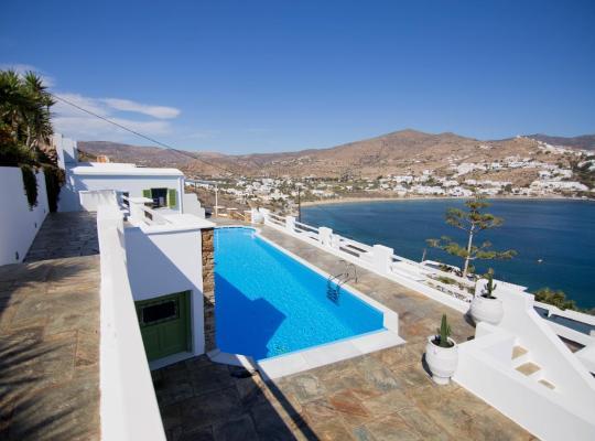 Képek: Bay View Villas